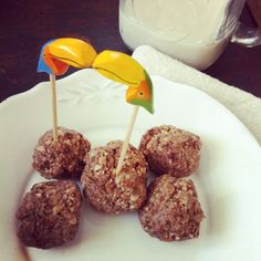 boules d& et toucans! Organic Recipes, Vegan Recipes, Ethnic Recipes, Barre Energie, Caramel Apples, Bruschetta, Muffins, Snacks, Desserts