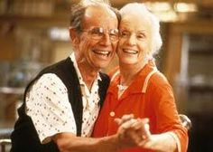 Hume Cronyn & Jessica Tandy  .. one of the greatest couples of all time <3