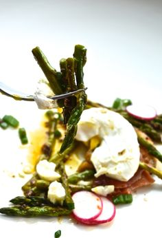 Poached Eggs On Toast With Prosciutto And Mustard Asparagus