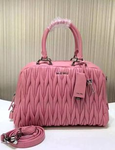 One can think that why the prominent brands are putting forth high cost or how the new organizations are putting forth these cheap designer handbags. http://www.luxtime.su/
