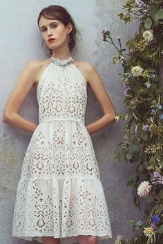 The complete Luisa Beccaria Resort 2018 fashion show now on Vogue Runway. Fashion 2018, Fashion Week, Fashion Outfits, Womens Fashion, Luisa Beccaria, White Dress Summer, Little White Dresses, Dress Skirt, Lace Dress