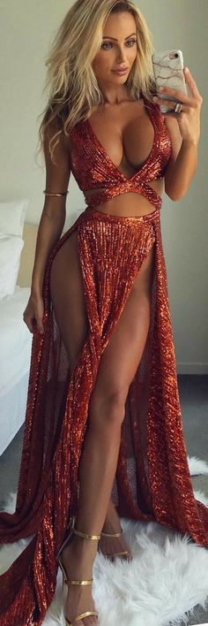 The Sensual Gown That Will Get You Noticed - How To Style By Abby Dowse http://ecstasymodels.blog/2017/10/08/sensual-gown-abby-dowse/