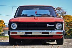 Toyota 4x4, Toyota Trucks, Toyota Hilux, Old Classic Cars, Mini Trucks, Dream Baby, Jdm, Pony, Awesome