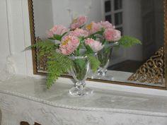Peonies miniature vase by Mundomini on Etsy, $36.50