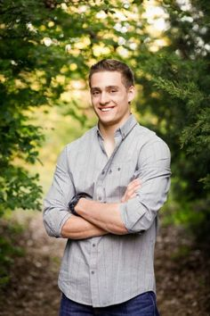 Outdoor senior picture ideas boys Senior portrait ideas that incorporate motion dont require feats of athleticism. Embrace your city girl side and take your senior pictures on the streets. Outdoor Senior Pictures Bing Images With Images Boy Senior Portraits, Senior Boy Poses, Senior Pics Boys, Senior Session, Guy Poses, Baseball Senior Pictures, Male Senior Pictures, Guy Pictures, Nature Pictures