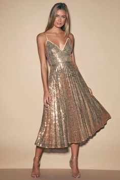 Raise a glass in the Lulus Vision of Elegance Rose Gold Sequin Pleated Midi Dress! Pleated midi dress with crisscross spaghetti straps, V-neck, set-in waist. Sequin Midi Dress, Pleated Midi Skirt, Pleated Dresses, Women's Dresses, Dance Dresses, Dresses Online, Mode Costume, Disco Party, Online Dress Shopping