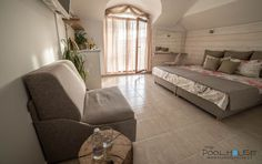 contemporary casual beach design interior with rustic and mediteranean elements in a boutique hotel