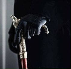 gloves and a cane Book Aesthetic, Character Aesthetic, Story Inspiration, Character Inspiration, Majora Mask, Xavier Samuel, Kaz Brekker, Six Of Crows, Plague Doctor