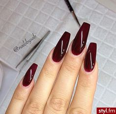 Maybe a little bit shorter. Cute coffin shape and blood red color Maybe a little bit shorter. Cute coffin shape and blood red color Deep Red Nails, Burgundy Nails, Oxblood Nails, Maroon Nails, Coffin Nails, Gel Nails, Nail Polish, Acrylic Nails, Gorgeous Nails