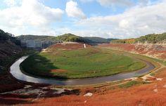 561x360_lac-guerledan-lors-assec-barrage-20-octobre-2015