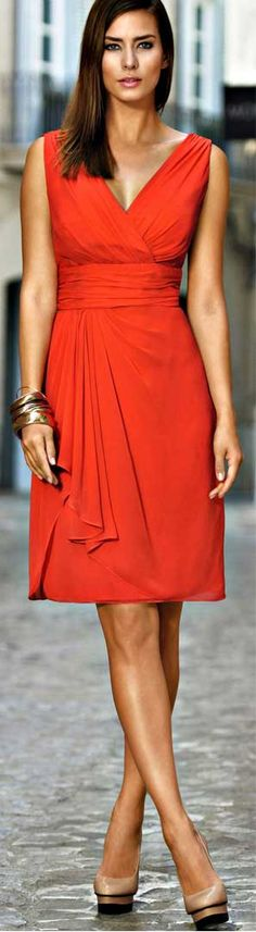 read about what to wear for formal cruise night at boomerinas.com