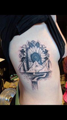 Hip Tattoos Women, Tattoos For Women Half Sleeve, Shoulder Tattoos For Women, Time Tattoos, Body Art Tattoos, New Tattoos, Tatoos, Piercings, Piercing Tattoo