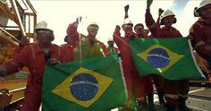 Luta de Classes e a Petrobras: necessidade da greve geral  Não estamos vendendo a Petrobras, nem nossa dignidade!  #SomosTodosPetrobras #AceitaADemocraciaQueDóiMenos #RespeitemMeuVoto #BrasilLiderançaGlobal #VaiTerLuta #ForaCunha #SOSPreSal  #SorryCoxinhas        #TiraOBicoDoPréSal     Precisamos de #MAISMARIETAS