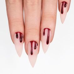 Unique Halloween Nail Designs for Bold Women 2018 The best and creative ways for nails designs to make your hands' look more acute than before. You can see here a lot of best ideas of Halloween nail designs for women of various age groups. Ongles Gel Halloween, Halloween Nail Designs, Halloween Nail Art, Halloween Halloween, Halloween Coffin, Purple Halloween, Goth Nails, Chic Nails, Goth Nail Art