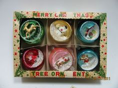 1950's diorama ornaments -- if you ever see any 1950s/60s Christmas ornaments...CALL ME.