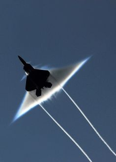 F-22 Raptor breaks sound barrier.