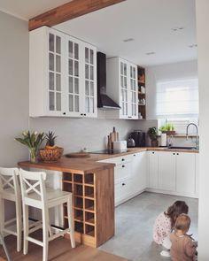 Obraz może zawierać: w budynku - Modern Farmhouse Kitchen Decor, Home Decor Kitchen, Kitchen Living, New Kitchen, Home Kitchens, Kitchen Room Design, Interior Design Kitchen, Beautiful Kitchens, Kitchen Remodel