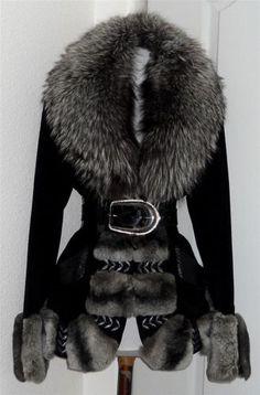Blugirl Blue Marine Chinchilla Coat with Silver Fox Trim by Anna Molinari Italy SELLER , beautiful but wish it was faux fur Fur Fashion, Winter Fashion, Fashion Outfits, Womens Fashion, Fashion Beauty, Mode Inspiration, Winter Wear, Fur Jacket, Coats For Women