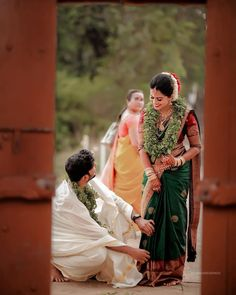 South Indian Bridal Photoshoot Couple Photos Ideas For 2019 Indian Wedding Couple Photography, Wedding Couple Photos, Wedding Couples, Sherwani, Marriage Poses, Pre Wedding Poses, Wedding Ideas, Party Wedding, Groom Poses