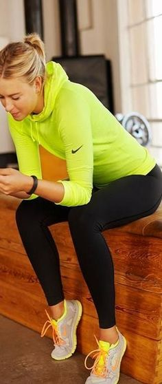 New sport fashion style fitness nike workout ideas Legging Outfits, Yoga Pants Outfit, Style Outfits, Sporty Outfits, Fashion Outfits, Fashion Clothes, Plaid Outfits, Style Clothes, Mesh Tops