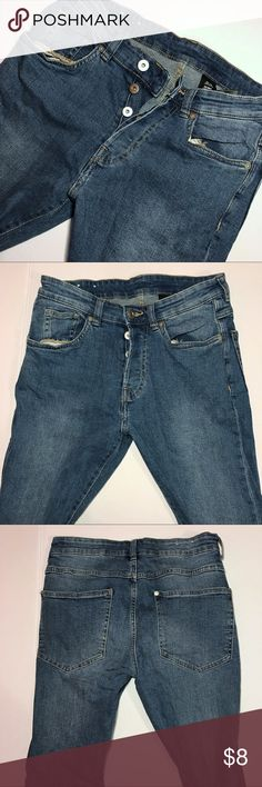 H&M Men's Skinny Jeans - Size 28x32 H&M Men's Skinny Jeans | Worn 2x | Good Condition | Good Casual/Formal Jeans | No Signs of Damage H&M Jeans Skinny