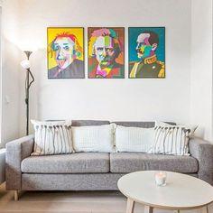 For en nydelig trio! På denne flotte veggen ser dere en Nobelpris-vinner en verdenskjent komponist og en konge! Fantastisk trio! Bilde er tatt av @torekoll