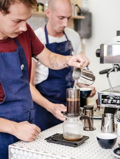 A view of the preparation of the Ethiopian coffee bean based, Aeropress slow brew. Birdie Food and Coffee Geneva. Geneva, Coffee Beans, Brewing, Coffee Maker, Kitchen Appliances, Food, Cafes, Coffee Maker Machine, Diy Kitchen Appliances
