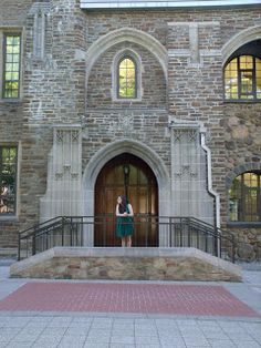 Chasing College: What to see on your campus tour  #college #campustour #dorms #library #oncampus