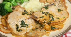 Learn how to prepare APPLE PORK LOIN step-by-step. Find all ingredients and method with preparation & cooking time. Apple Pork Chops, Pork Loin, Pork Steaks, Sauce Crémeuse, Bulgarian Recipes, Fall Dishes, Fat Burning Foods, Pork Chop Recipes, Dinner Tonight