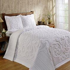 Queen Size Bedspread, Chenille Bedspread, Queen Quilt, Bedding Master Bedroom, Linen Bedroom, Bed Linen, Bedroom Comforters, Cosy Bedroom, Master Bedrooms