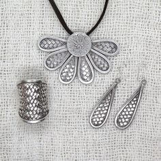 Braided Sterling Silver Drops shape Earrings, Handmade Rustic Hippie Tribal Boho Ethnic Woven Dangle Earrings, Gift For Her Dimension: Length (with the dangle): 2.2 / 5.8cm Metal Purity: 95% Silver (Purer than 925 Sterling Silver) We also have for these earrings a matching style Woven