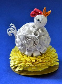 Happy Hen ~ Quilled! Over Paper mache, or ???