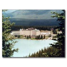 Postcard Chateau Lake Louise in Alberta, Canada Carte Postale
