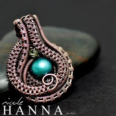 Nicole Hanna Jewelry creates one of a kind, artisan wire wrap jewerly in copper and silver metals and seed bead embroidery, featuring artisan gemstone cabochons and handmade art glass beads. Learn to wire wrap with Nicole Hanna Jewelry tutorials.