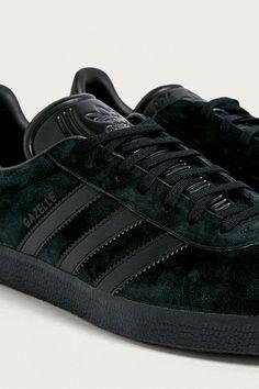 buy popular c0c97 ad9ce adidas Gazelle Black Trainers