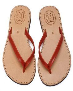 Aᴛᴇʟɪᴇʀ 1935 | Pᴀʀᴏꜱ     --- Poros model | Leather  #sandals #summer 2018 #madeingreece Miller Sandal, Leather Sandals, Tory Burch, Flip Flops, Artisan, Summer, Model, How To Make, Handmade