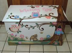 Custom Designed Owl Toy Chest by originalsbybarbmazur on Etsy Painted Chairs, Hand Painted Furniture, Kids Furniture, Painted Toy Chest, Painted Boxes, Decoupage Box, Wooden Crafts, Toy Boxes, Keepsake Boxes