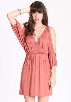 kinda want this dress