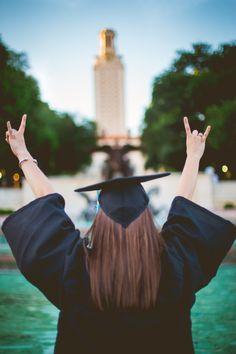 University of Texas senior pictures | paigevaughn.com