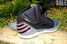 buy online 13800 b11f5 Derrick Rose s Adida s adiZero Rose 2.0 Sneakers  adias  sneakers   derrickrose  adizero Derrick