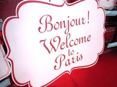 Front door Welcome to paris sign