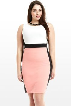c01b463952d A simple color blocked dress is figure flattering... - collegegirlcareer.  Curvy Women FashionPlus FashionWomens FashionFashion BeautyBusiness ...