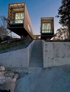 Two Hulls House by MacKay-Lyons Sweetapple Architects <#fc3arch>