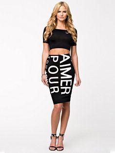 pour pencil skirt