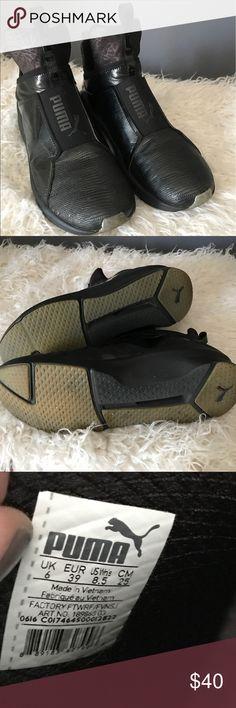 PUMA Fierce metallic training shoes size 8.5 black PUMA Fierce metallic training shoes in black. Worn a couple of times. True size 8. 5 women's. Smoke free pet friendly home. Puma Shoes Athletic Shoes