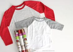Today is the day you learn how to make a totally fun shirt--using heat transfer vinyl! And you have NO EXCUSES because I am going to show you how to cut heat transfer vinyl 2 different ways! Diy Clothes Making, Diy Clothes Videos, Diy Clothes Patterns, Fabric Patterns, Where To Buy Clothes, Glue Gun Crafts, Buy Vinyl, Diy Clothes Refashion, Buy Shirts