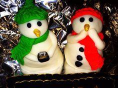 Fondant sugar craft snowman. Christmas engagement cake decoration. Engagement Cake Decorations, Engagement Cakes, Christmas Engagement, Sugar Craft, Fondant, Snowman, Cake Decorating, Christmas Ornaments, Baking