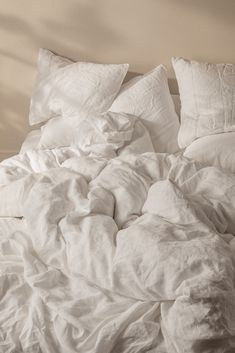 The start to making your perfect bed. Crafted in Portugal from the finest European flax – our durable, breathable linen starts soft and only gets softer over time. Cozy Aesthetic, Aesthetic Bedroom, White Aesthetic, Bedroom Inspo, Bedroom Decor, Appartement Design, Minimalist Room, Looks Cool, New Room