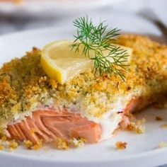 Panko crusted salmon - These salmon fillets are smothered in lemony mayonnaise and topped with buttery herbed Panko bread crumbs. Baked Salmon With Mayo, Panko Crusted Salmon Recipe, Parmesan Crusted Salmon, Oven Baked Salmon, Baked Salmon Recipes, Fish Recipes, Seafood Recipes, Mayonnaise, Seafood