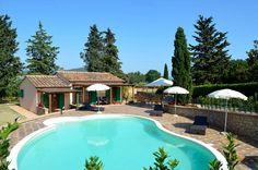 Freistehendes Toskana-Ferienhaus mit Pool in der Provinz Pisa #Toskana #Pisa #Ferienhaus #Pool #Traumurlaub